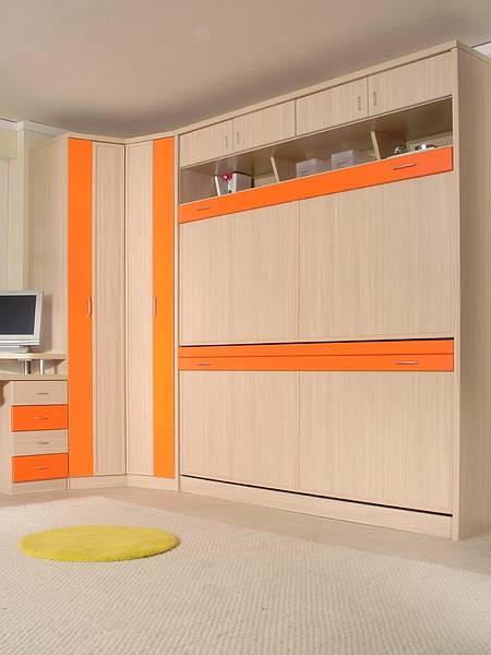 Dormitorio juvenil para espacios peque os en madera clara y naranja lindas literas abatiles - Dormitorios juveniles espacios pequenos ...