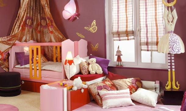 Dormitorios con mariposas for Decorar habitacion nina 8 anos