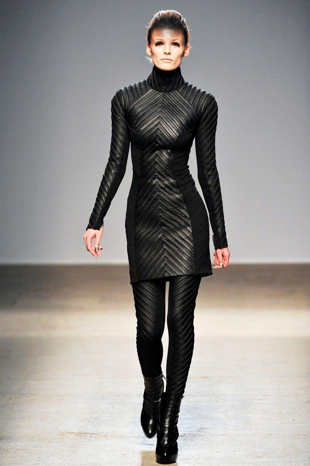 dior black dress 2017