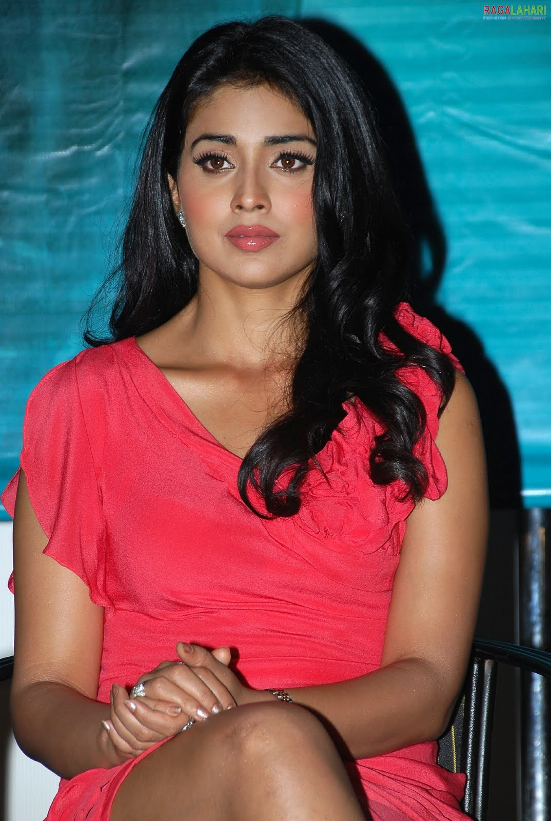 Bold Sonal Chauhan in red bikini 3G 4276019 - girlietalk info