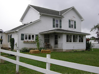 Farmhouse  Piece