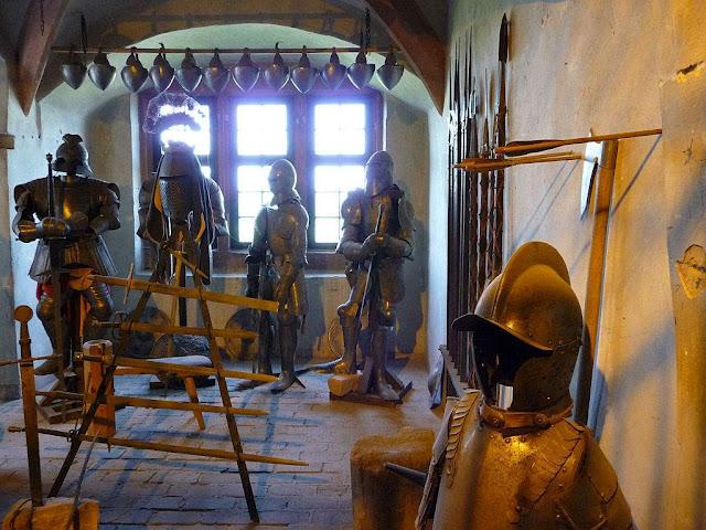 Castelo de Ronneburg: sala de armas