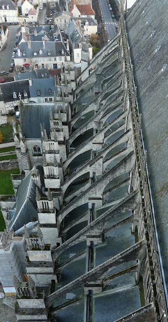 Bourges, botareus