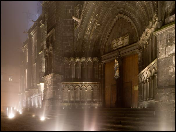 Clermont-Ferrand, catedral, pórtico norte