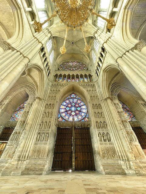 Reims, pórtico interior da nave central