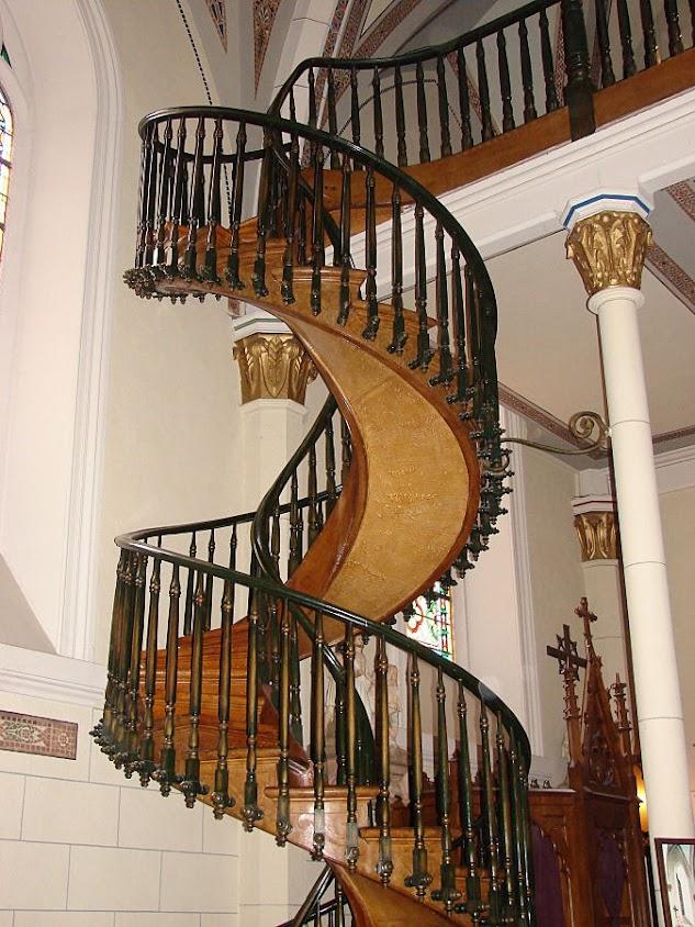 A escada inexplicável cuja construção a piedade atribui a a São José