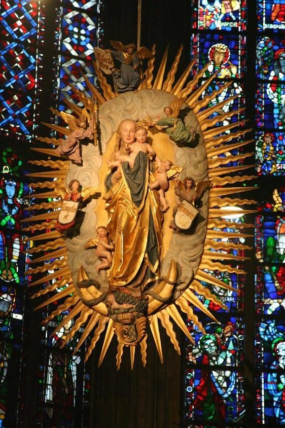 Nossa Senhora da catedral de Aquisgrão (também Aachen ou Aix-la-Chapelle)
