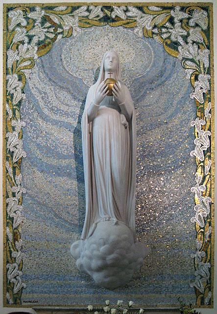 Medalha Milagrosa: Nossa Senhora apareceu assim a 2ª vez