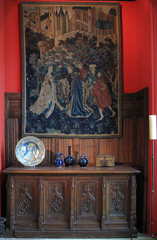 Móveis medievais, Museu de Arte decorativa, Paris