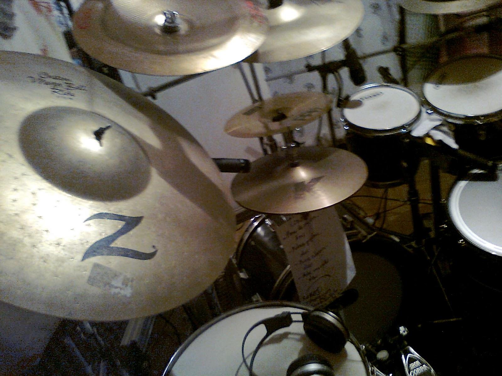 Dimensiones Del Vacio Drum Kit