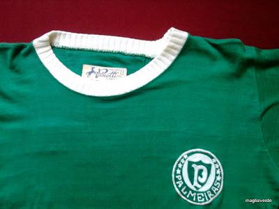 4bf7129cb3 É aquela que fabricou a camisa épica de 1972. Portanto