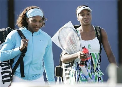 Black Tennis Pro's 2009 Bank Of The West Classic Day 1 Venus and Serena Williams Doubles