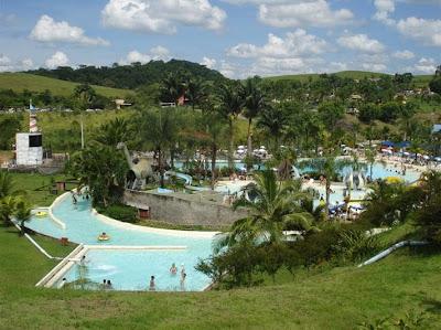 Parque aquático Aldeia das Águas 3