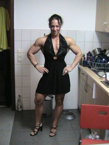 Scary, Sometimes Cute, And Occasionally Sexy - Female Bodybuilders -70 Pics  Curious, Funny -4375