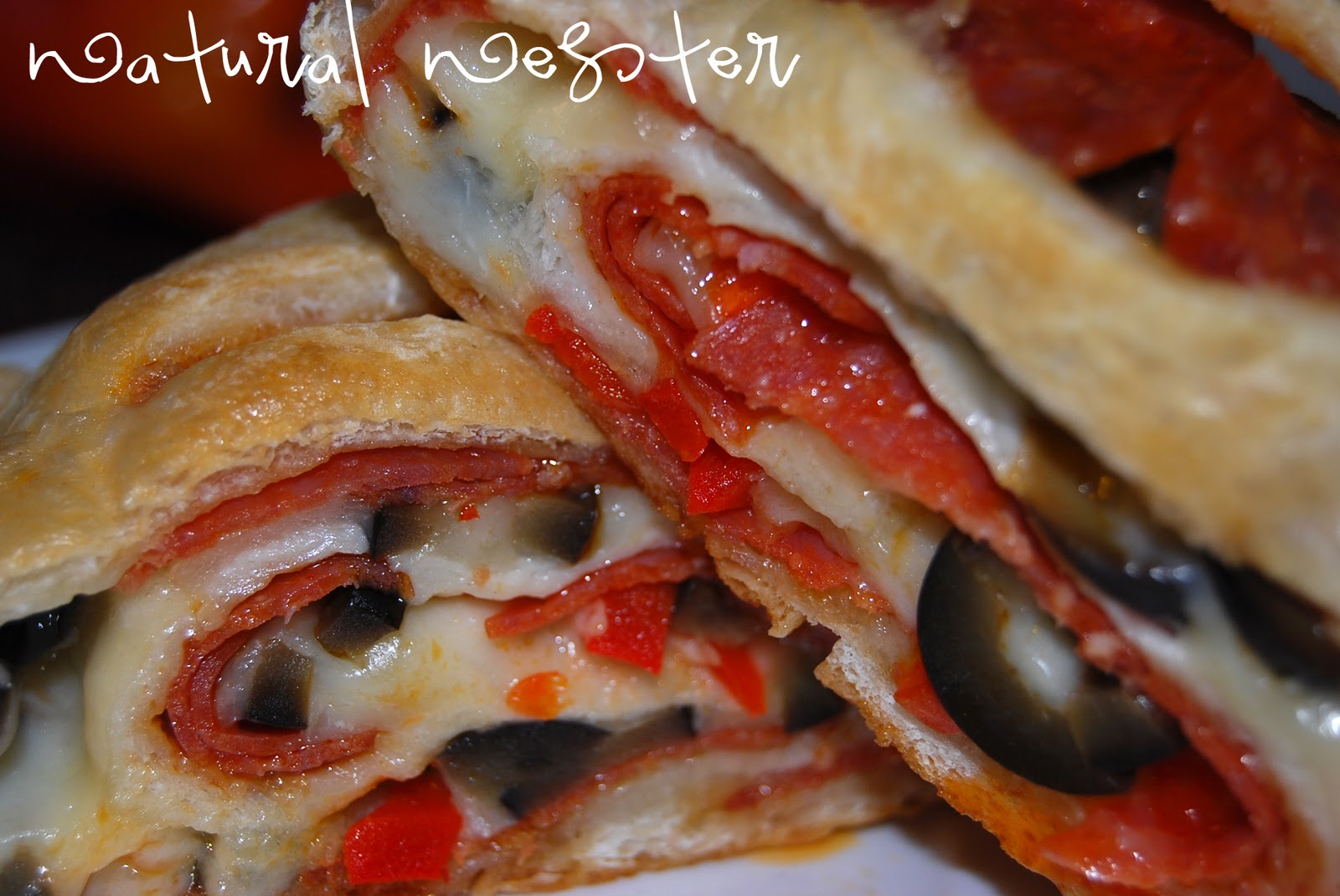 Natural Nester: Pizza Stromboli