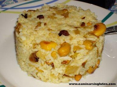 Arroz indio con anacardos y curcuma sin gluten