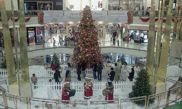 Christmas in Dubai Malls