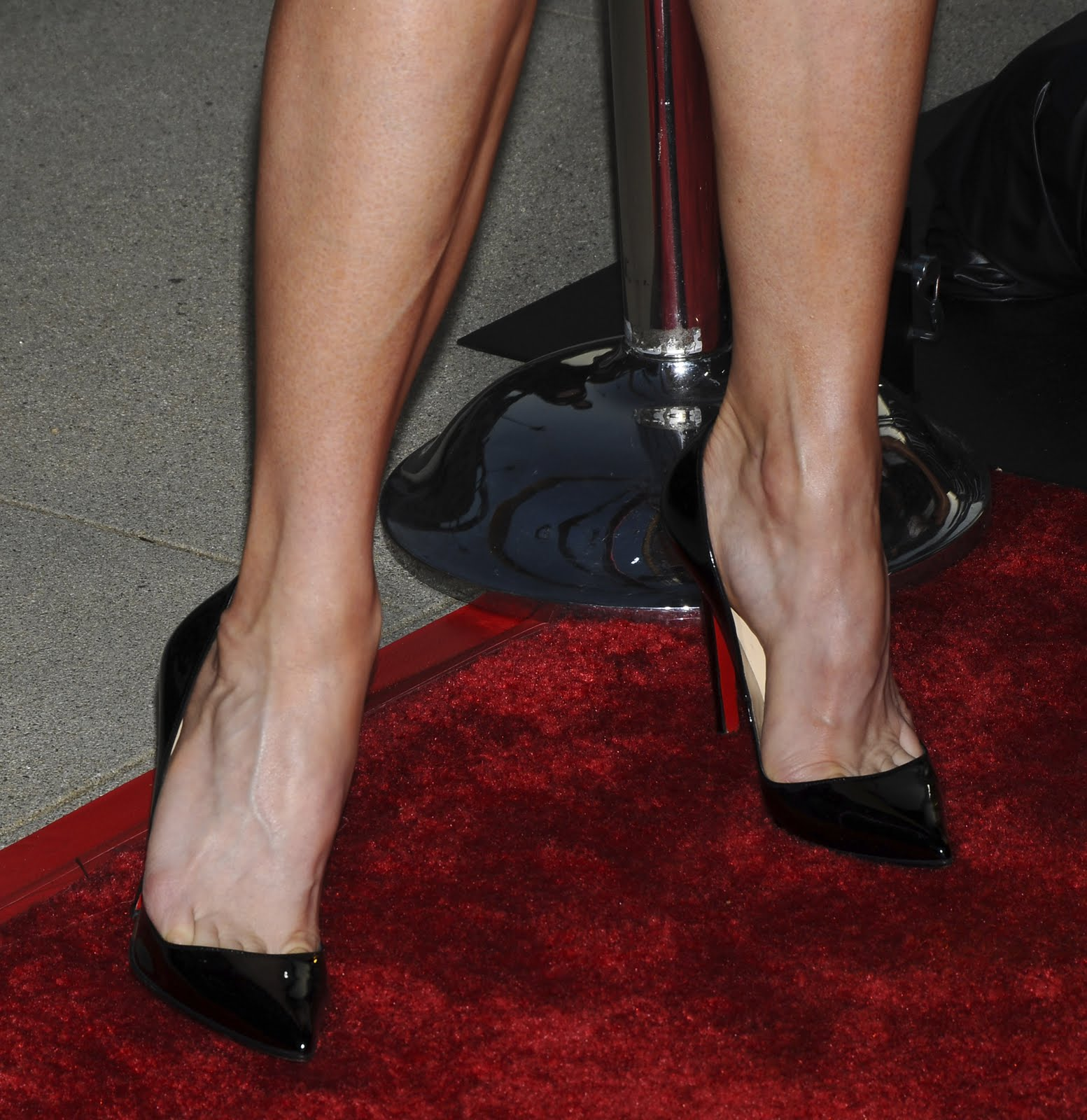 The Toe Cleavage Blog: Renee Zellweger (black - part 2) Megan Fox Business