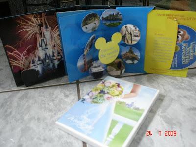 Material gratuito de divulgação dos parques da Disney, em Orlando - Florida