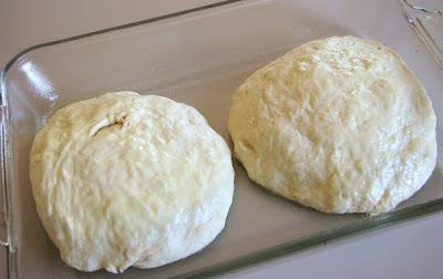 Daring Baker's October Challenge - Homemade Pizza