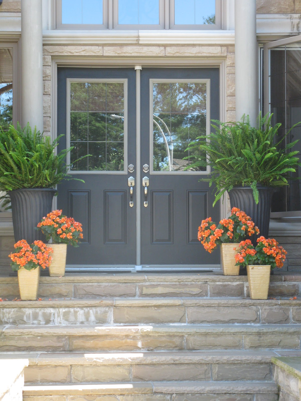 White Swan Homes and Gardens: Front Entrance Doors For ...