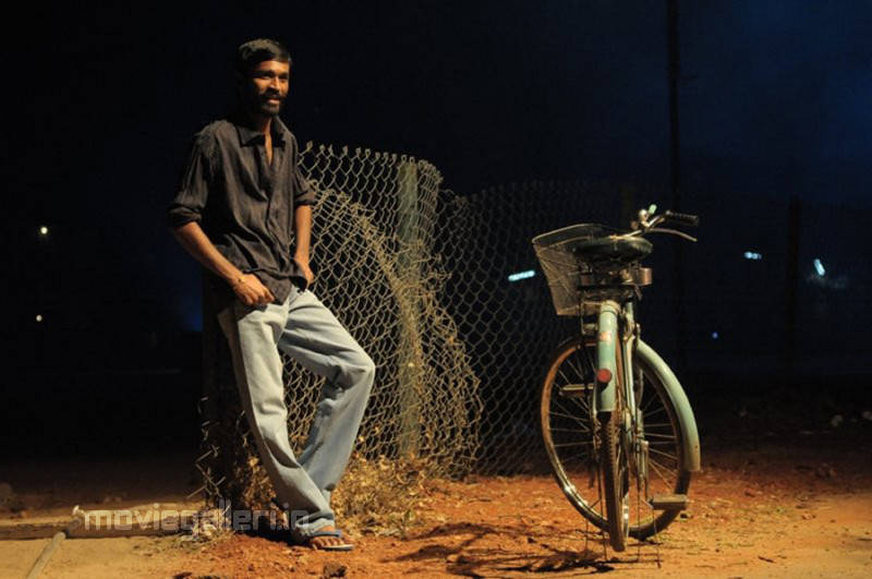 Dhanush Aadukalam Stills Aadukalam Dhanush Photo Gallery New Movie Posters