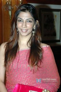 Top Indian Beauty: Gemini Tv Anchor KEERTHI