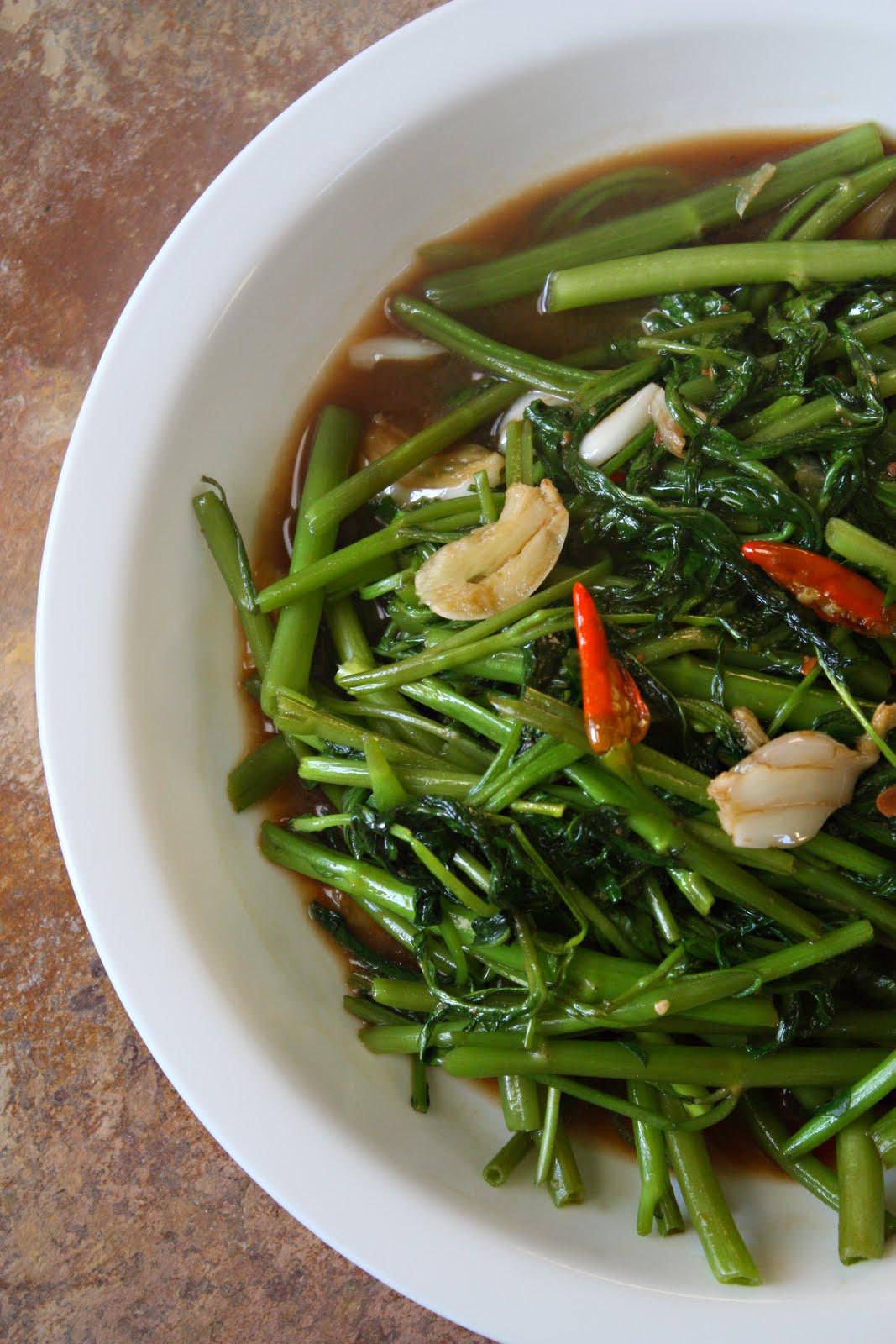 Thai Stir-Fried Morning Glory | yumsome