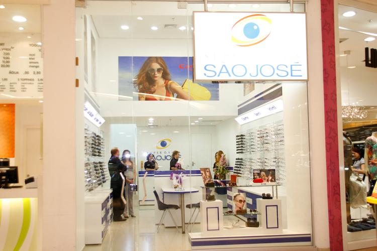A Super Ótica São José Inaugurou no dia 01 de Agosto mais uma Loja,no  Shopping Palladium.O evento reuniu vários profissionais da área Óptica. 52b9d7bc0d