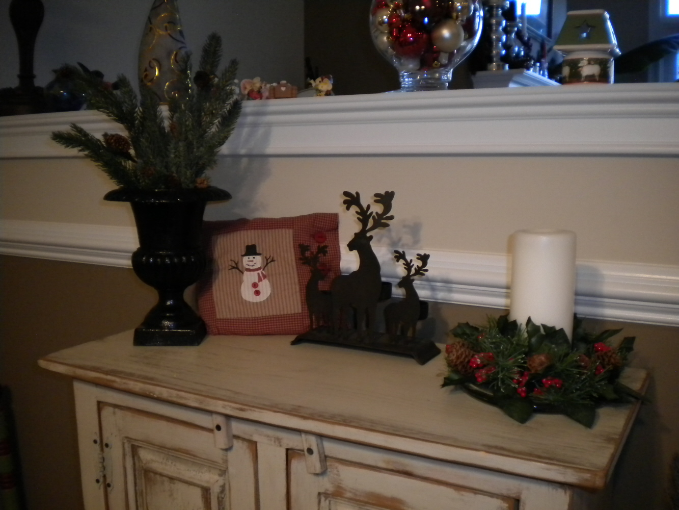 Sherri - Christmasdecorations On Cupboard Top's Jubilee: 2010 cabinet Decorations Part I