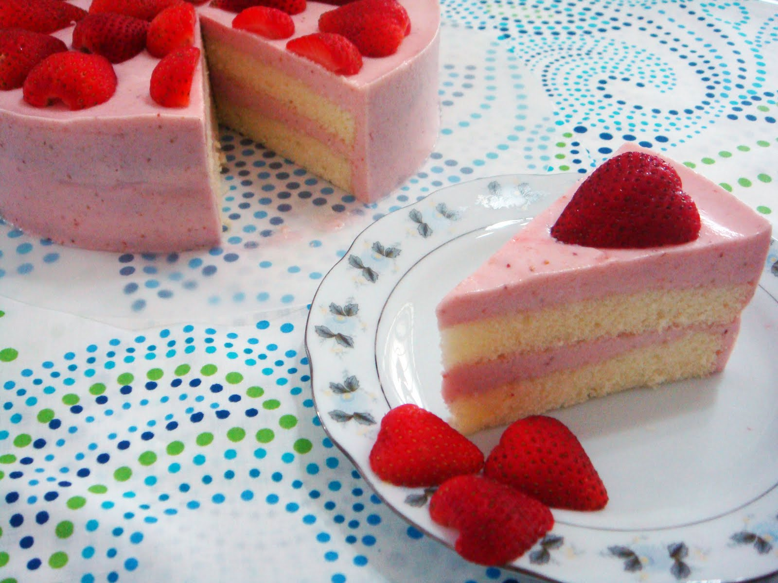 Baking Library Strawberry Yoghurt Mousse Cake