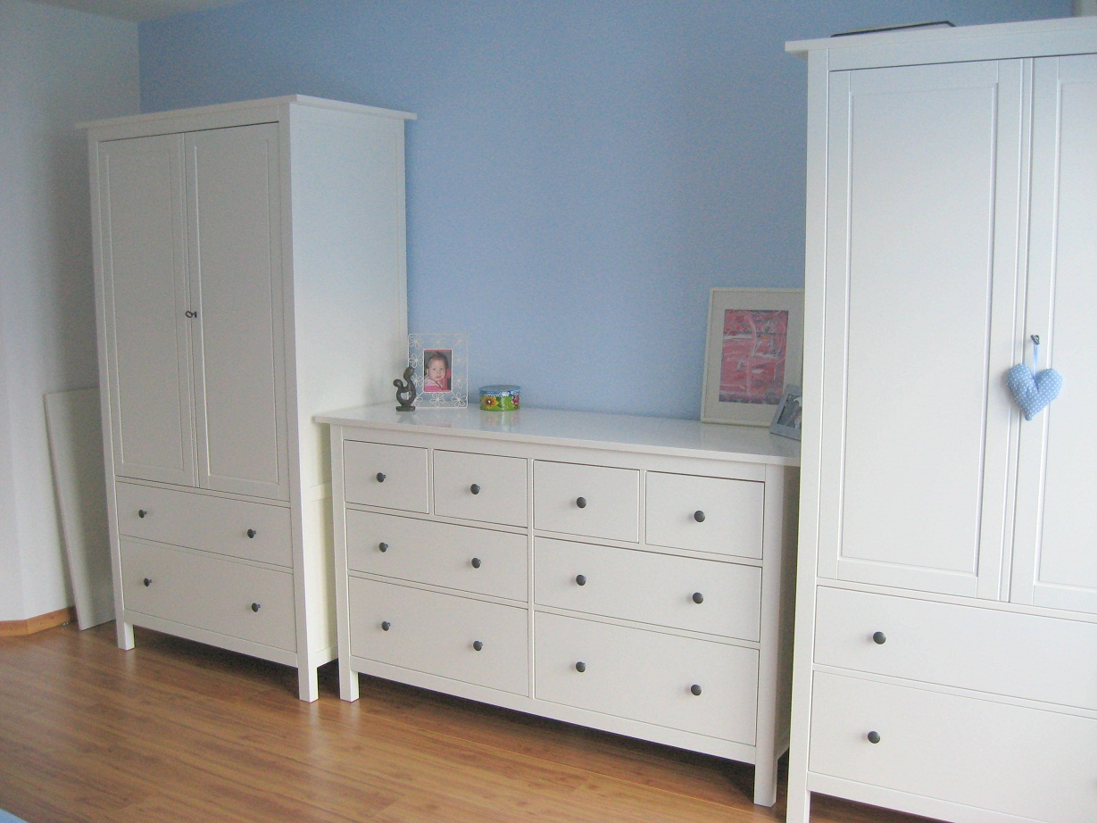 ikea bett quietscht was tun. Black Bedroom Furniture Sets. Home Design Ideas