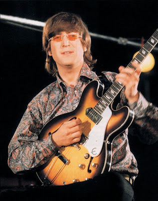 Epiphone,Casino,lennon,revolution,gibson_es_335,hollow_body,gibson_firebird,harrison,richards,humbuckers,Bigsby,paul_maccartney,studio,psychedelic-rocknroll