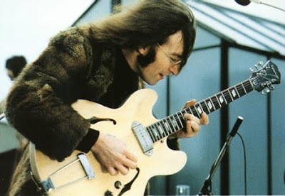 Epiphone_Casino,lennon,revolution,gibson_es_335,hollow_body,gibson,rooftop,1969,psychedelic-rocknroll