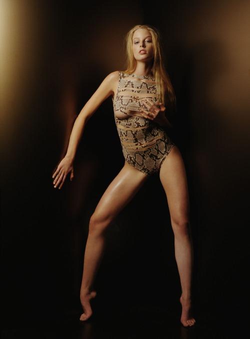 Celebrity Gossip Rachel Nichols Show Her Sexy Asset