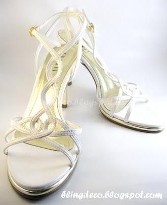 b8439c07e8c2 Bling Deco  How to add bling to your bridal shoe