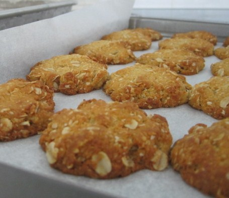 Tuesday Tune, ANZAC biscuits, ANZAC day, Australia, Natasha In Oz,