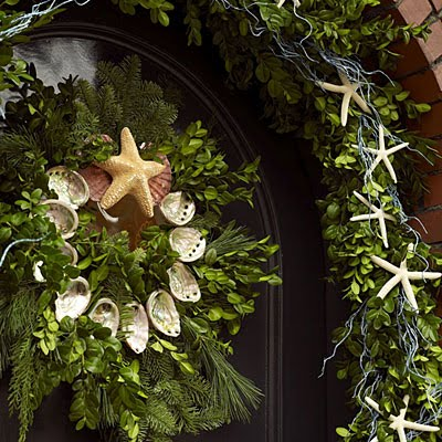 Dreaming of a White Christmas, Seashell Wreath