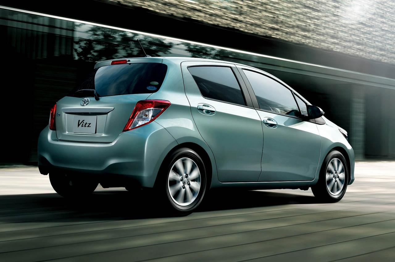 in4ride all new 2012 toyota yaris for detroit 2011. Black Bedroom Furniture Sets. Home Design Ideas