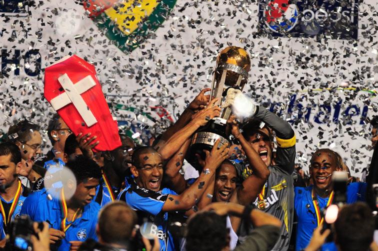 dcb8b2556f Fichas dos jogos do Grêmio  02 05 2010 - Grêmio 0 x 1 Internacional ...