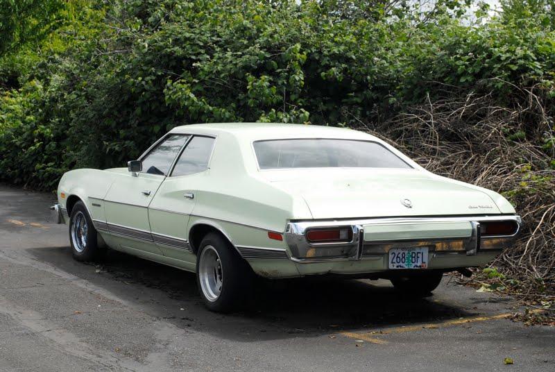 Résultats de recherche d'images pour «1973 ford gran torino 4 door»