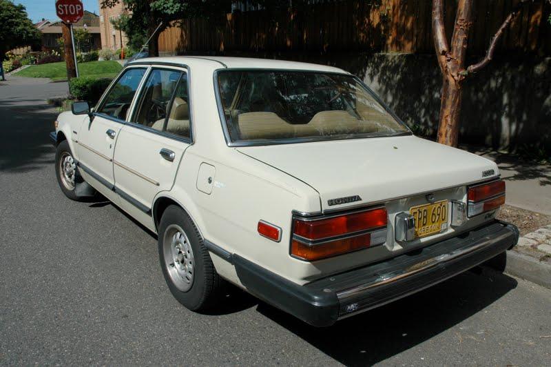 OLD PARKED CARS.: 1980 Honda Accord.