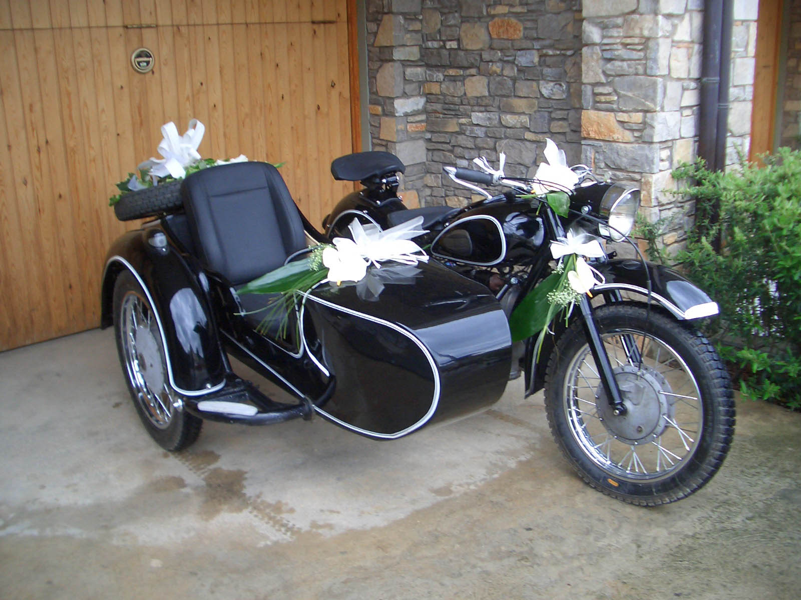 motos moto sidecar. Black Bedroom Furniture Sets. Home Design Ideas