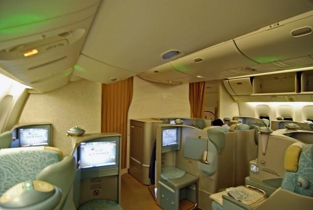Airplane Pics Etihad Airways 777 300er J Class Cabin Photos