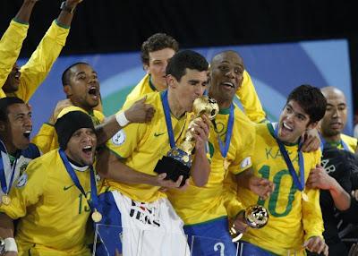 68a069d730 zuera do brasfoot nem entrem  Brasil campeão da Copa América 2011!