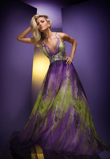 Party Dress Express: * 2010 Prom Dresses: What's Hot?