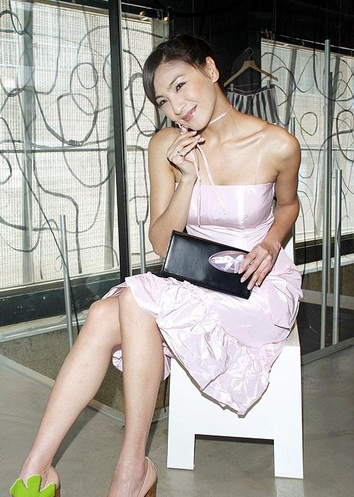 chinacute: Taiwan model Shatina Chen