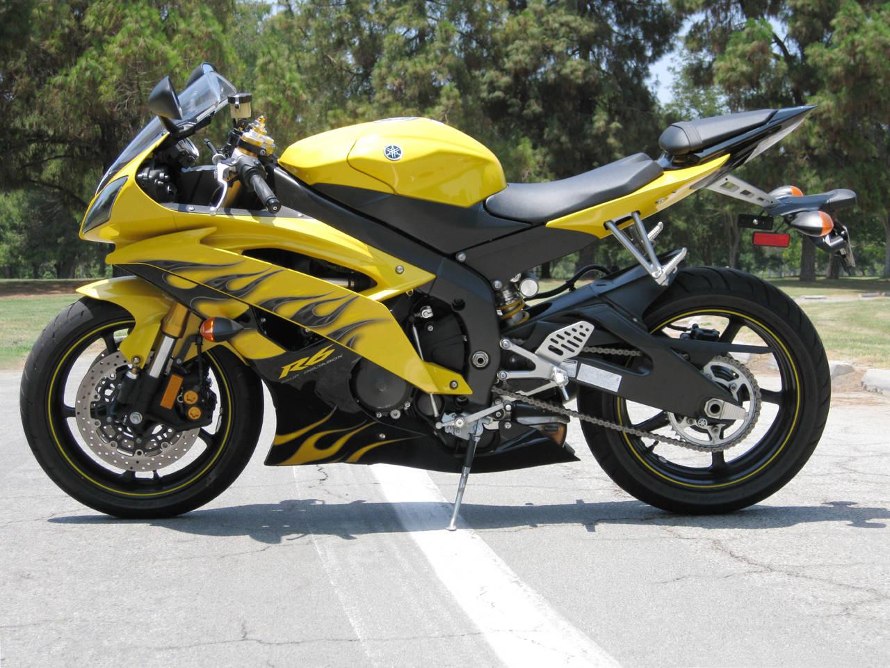 Price Of: Yamaha R6 Price Of India