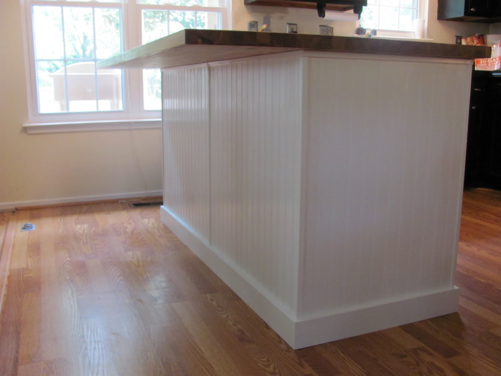 187 beaded board instant charm kitchen island wainscoting home design ideas pictures