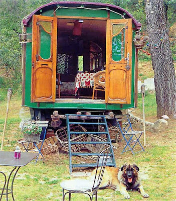 Bungalow, Bohemian, Boho, Interior Design, Decor, Bohemian Decor, hippy, hippies, gypsy